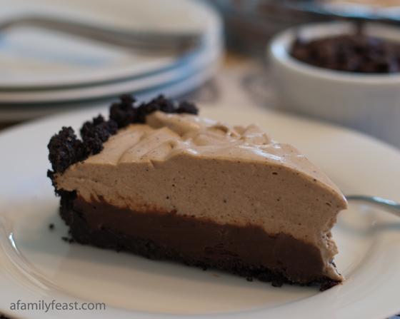 Espresso Black Bottom Pie - An amazingly good pie with an Oreo crust ...