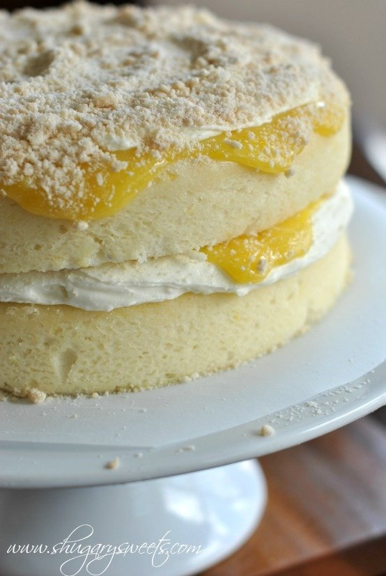 Angel Food Cake With Ricotta Filling